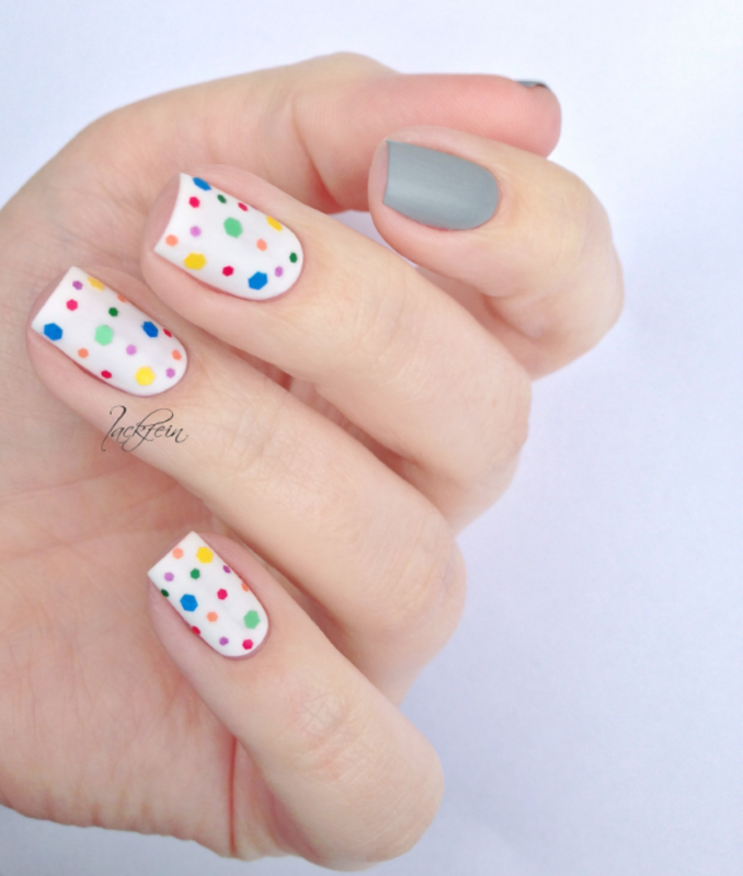 Dots nail art by lackfein
