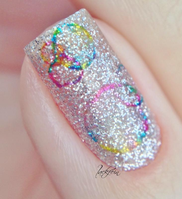Bubbles nail art by lackfein