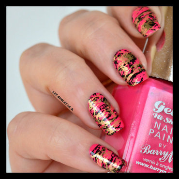 Gold&Pink nail art by Les ongles de B.