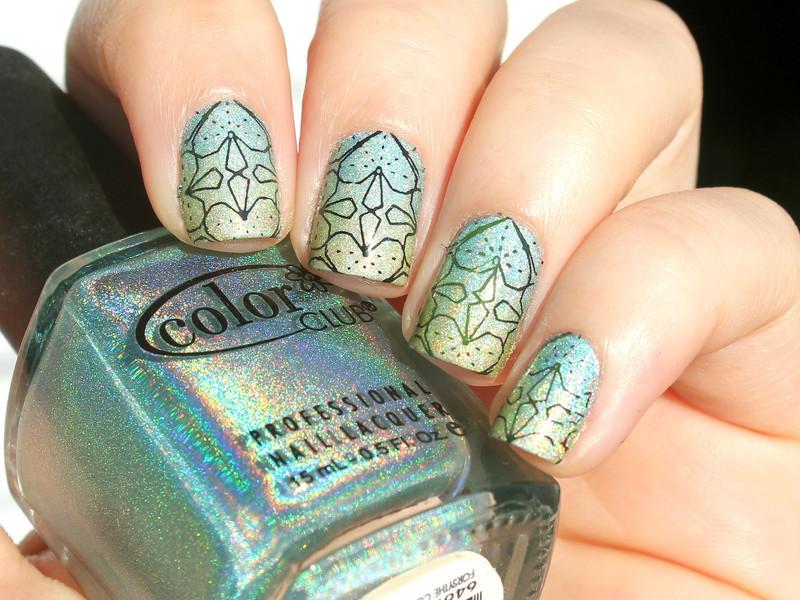 St. Patrick's Day nail art by Moriesnailart