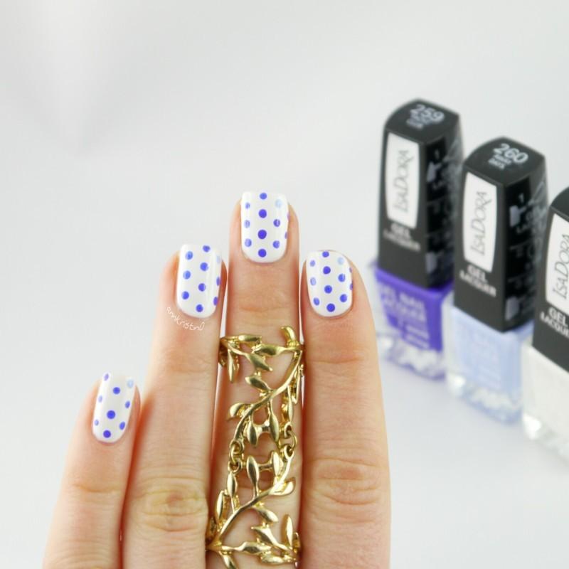 Accent Dotticure nail art by Ann-Kristin
