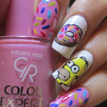 Homer Simpson with a donut nail art by NailArt_T