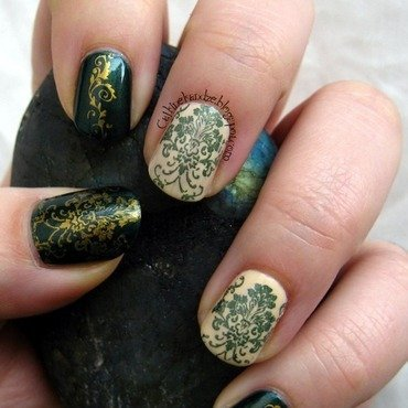 Matching Manicures - Green nail art by Vedrana Brankovic