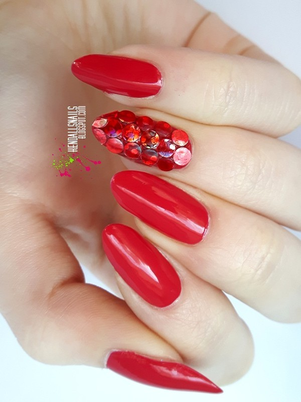 Red Placement nail art by Julia Friedel