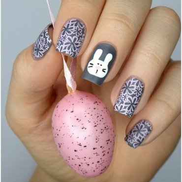 Easter bunny nail art by barbrafeszyn
