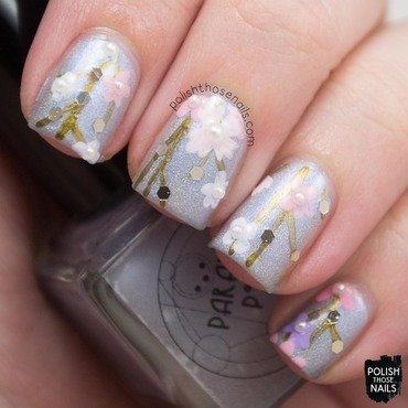 Pale silver holo light spring floral glitter nail art 4 thumb370f