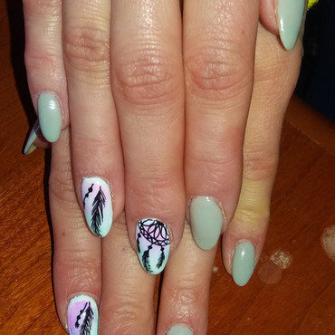 grey and Dreamcatcher nail art by Magda