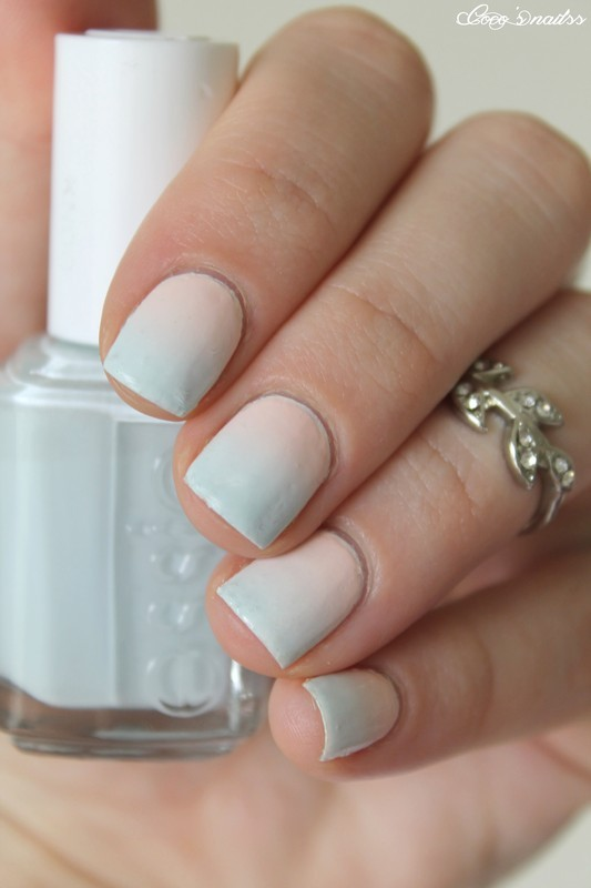 Pastel gradient nail art by Cocosnailss