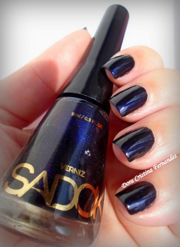 Sadok Omega Swatch by Dora Cristina Fernandes