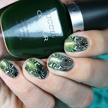 Ombre & stamping nail art by Romana