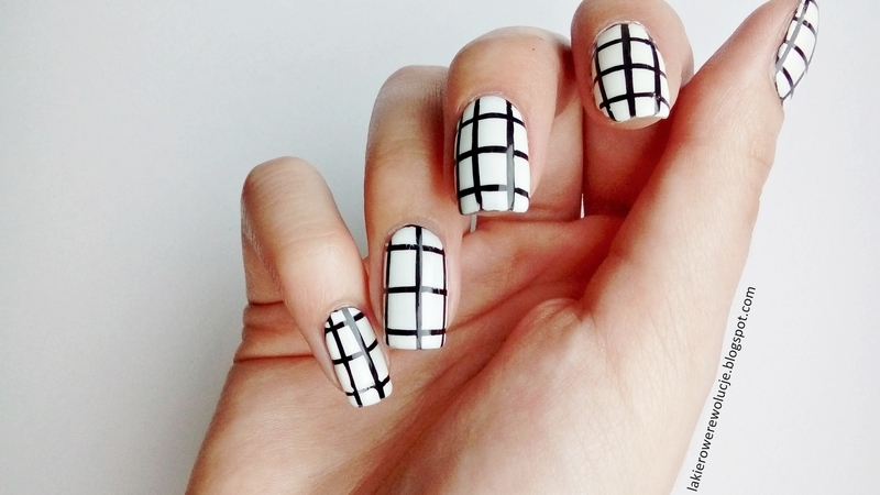 Tumblr Grid Pattern Nail Art By Laura Nailpolis Museum Of Nail Art