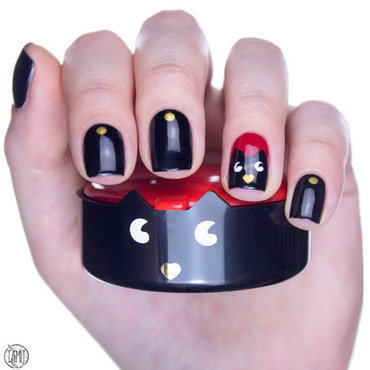 Lucky black cat nails nail art by Paulina