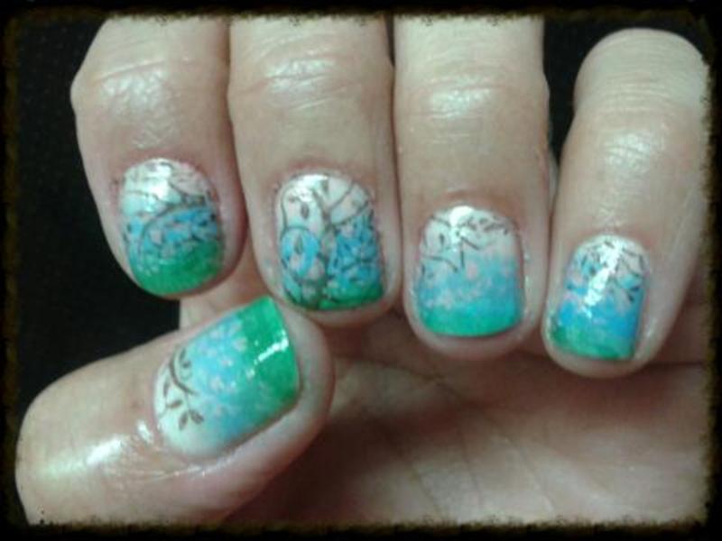 Spring nail art by Avesur Europa