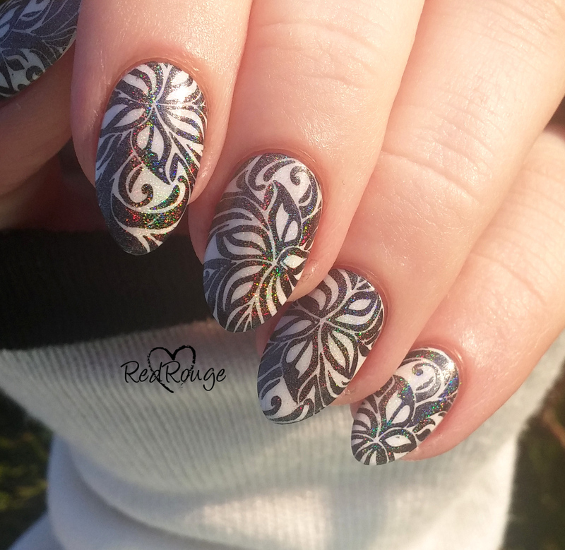 Black White and HOLO! nail art by RedRouge