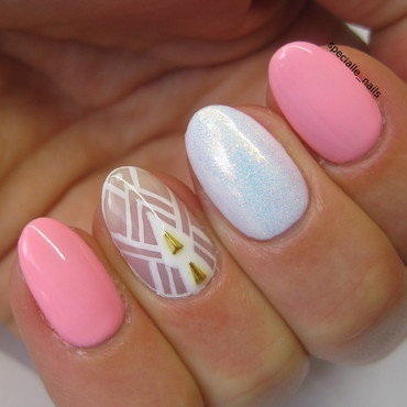 Sweet negative space nail art by specialle