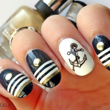 Hello, Sailor! summer manicure nail art by bydanijela