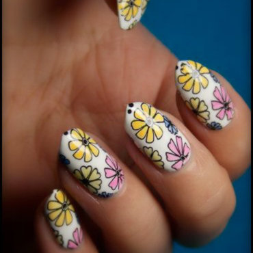 Sheer flowers nail art by notcopyacat