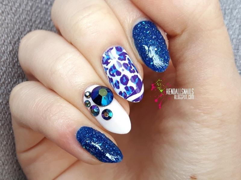 Blue cheetah nail art by Julia Friedel
