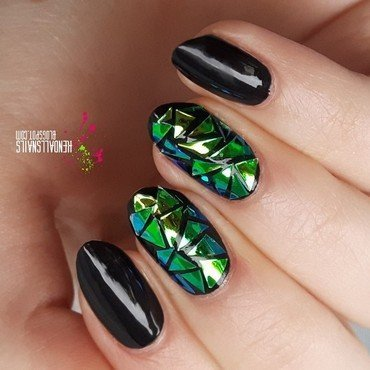 Shattered glass nail art by Julia Friedel