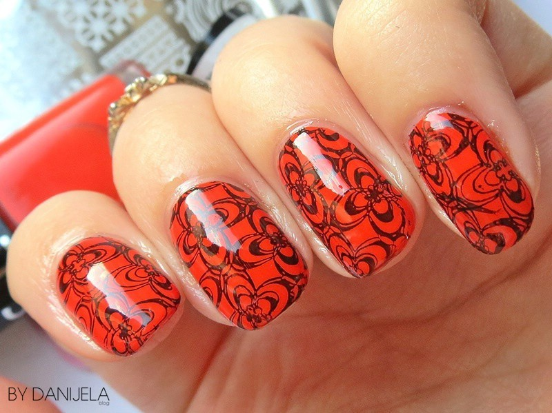 Orange doodle nails nail art by bydanijela