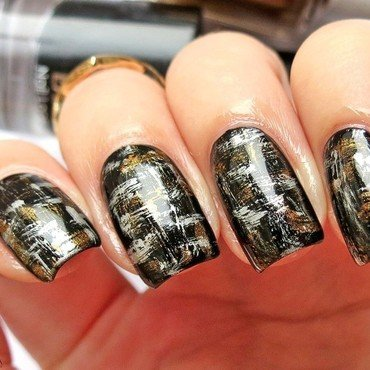 Elegant distressed nails nail art by bydanijela