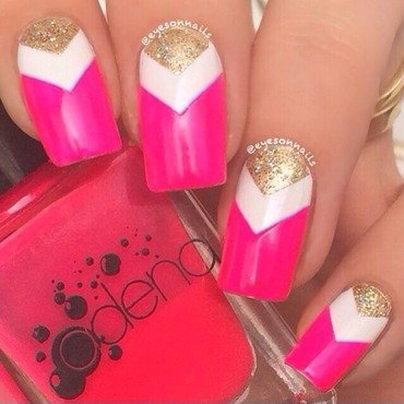 Pink and glitter  nail art by Virginia