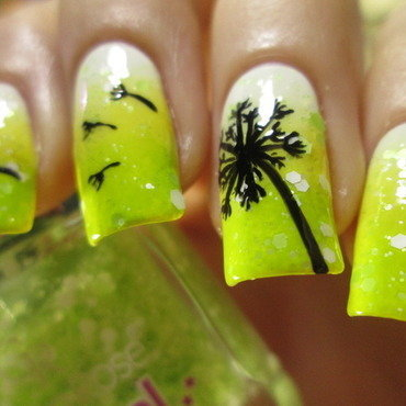 green gradient with dandelion nail art by NailArt_T