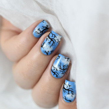 Blue sky clouds nail art 20 4  thumb370f