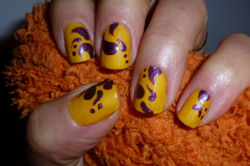 Purple yellow nail art by Barbouilleuse