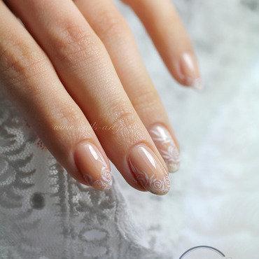 La Mariée délicate nail art by Tenshi_no_Hana