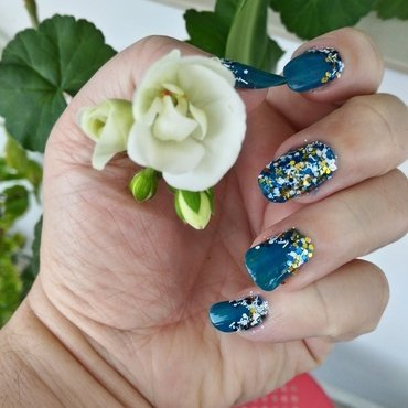 Spring in Blue nail art by tigerlyly