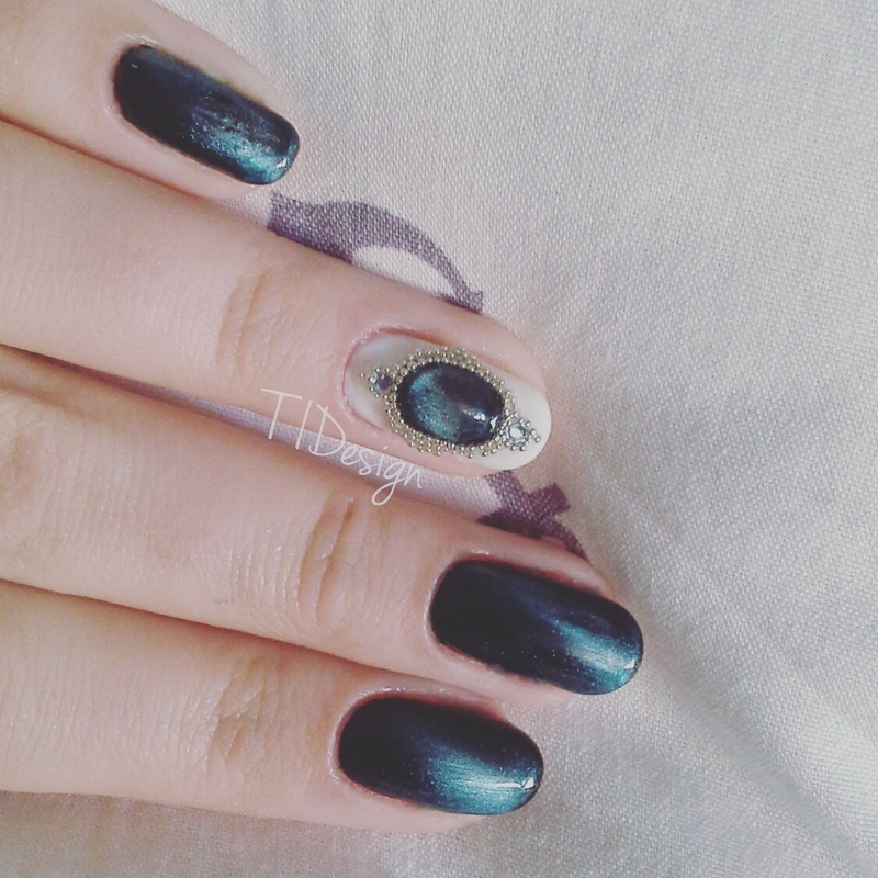 Into Deep Blue nail art by TIDesign