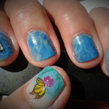 April Showers ... nail art by Avesur Europa