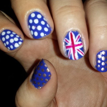 God Save The Queen nail art by Belinda