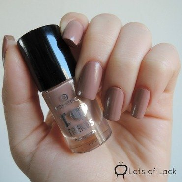 Essence Sweet Caramel Sweets Swatch by LotsOfLack