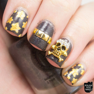 Grey holo gold studs star skull nail art 4 thumb370f