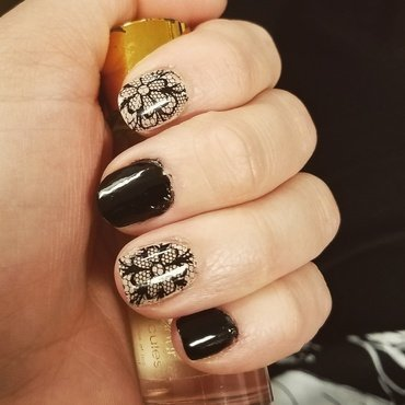 Pueen Lace Blossom  nail art by truhero
