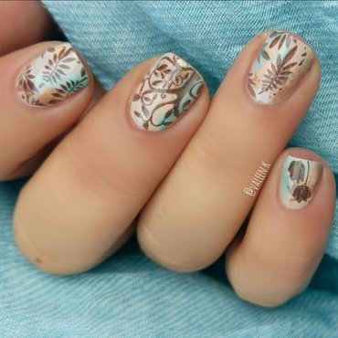 Willow wood nail art by Valentina