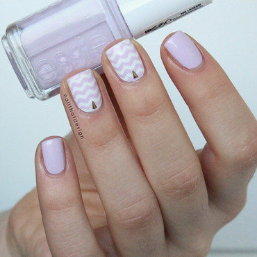 go ginza chevron nail art by NailThatDesign