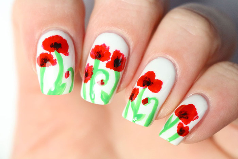 Spring and poppies!  nail art by Tribulons