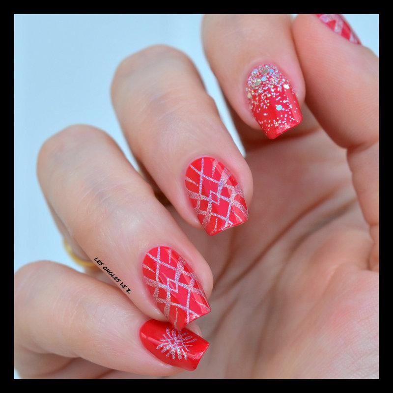 Red nail nail art by Les ongles de B.
