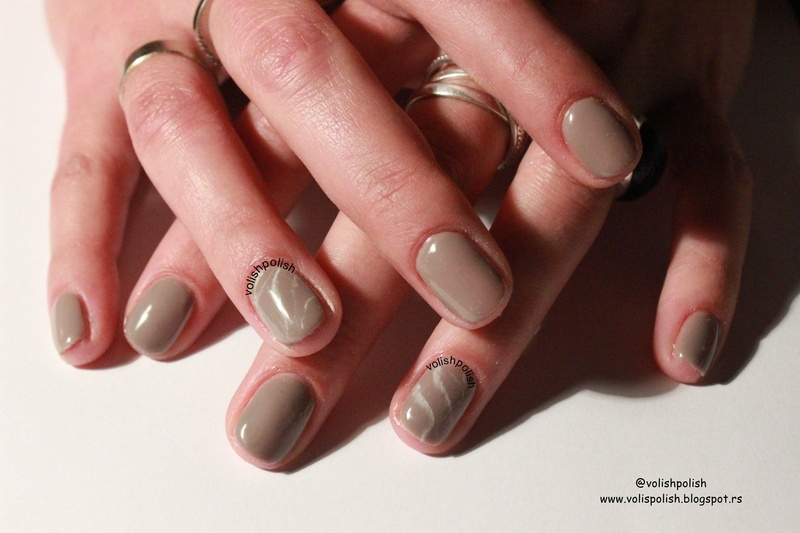 Coffee creamer marbling nail art nail art by Volish Polish