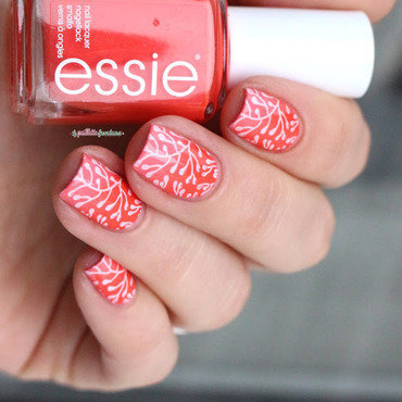 Essie 20sunshine 20state 20of 20mind 20gradient 20nail 20art 20paillette 202 thumb370f