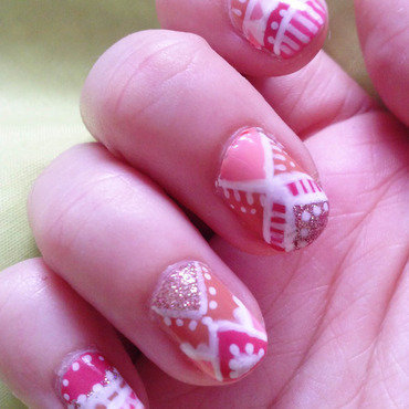 Pink Ethnic II nail art by Alizee