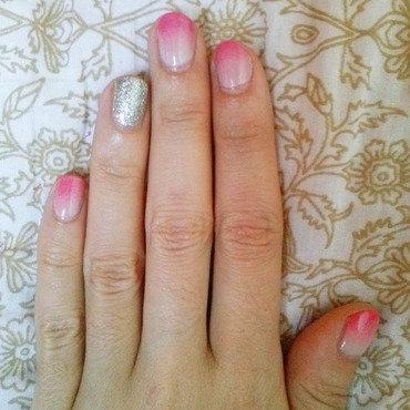 Marie Antoinette nail art by Alizee