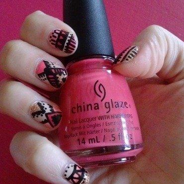 Pink Ethnic III nail art by Alizee