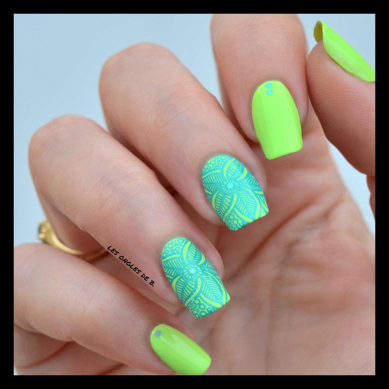 Tropical nail art by Les ongles de B.