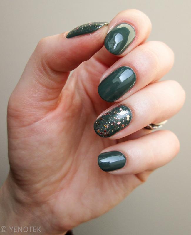 Green with glitter nail art by Yenotek