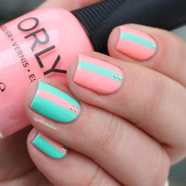Orly 20trendy 20striped 20nail 20art 201 thumb370f