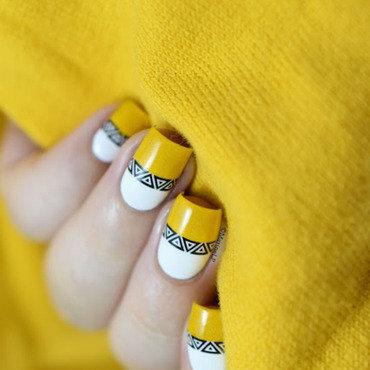 Bright yellow aztec nail art 20 3  thumb370f